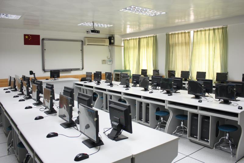 重庆市中小学教学设备管理平台