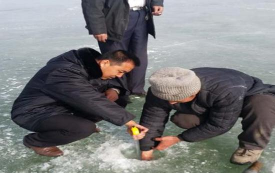 内蒙古鄂尔多斯市伊旗渔政站加强冬季渔业安全生产管理
